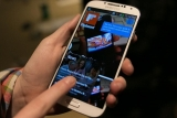 Samsung's S4 smashing sales records