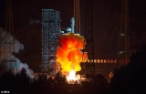 China tests spacecraft for future manned Moon mission