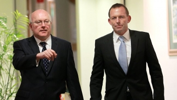 Abbott and Brandis set to crack down on piracy