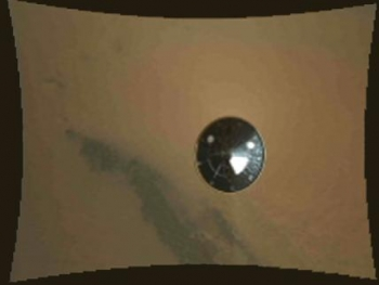Hi-res video shows Curiosity descending to Martian surface