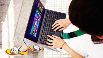 PC sales plunging due to Windows 8, tablets