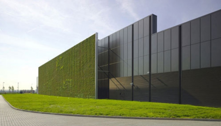 Data centres getting greener and leaner