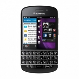 BlackBerry Q10 traditional keyboard a sell out in the UK