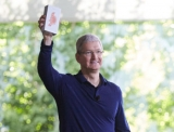 Why Tim Cook should gift Steve Ballmer an iPhone