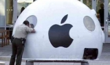 Apple looking at using mobile device as laptop
