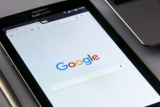 Google to drop 'first click free' for subscription sites