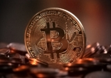 Bitcoin falls below US$3500, loses third of value in week