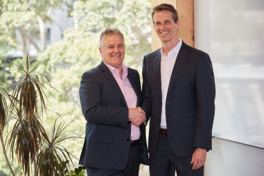 Bob Easton, chairman of Accenture Australia and New Zealand (left) with Dr. Andrew Charlton, founder and director at AlphaBeta Advisors.