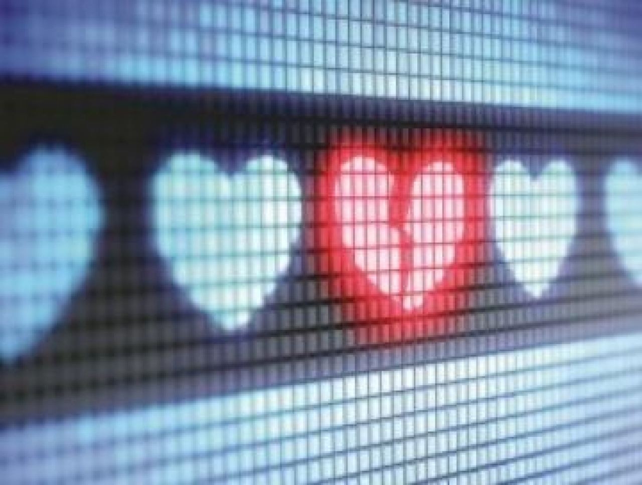 'Romance baiting' lures victims as dating scams rise, warns ACCC