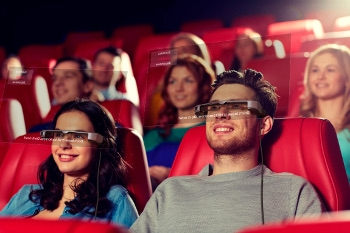 Smartglasses help the hearing-impaired enjoy theatre