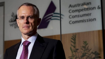 ACCC chief advocates changes to 'unfair' business contracts
