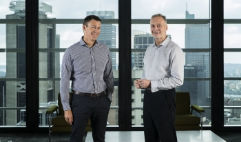 Robert Bell (left) and Anthony Thomson, executives of the 86 400 digital bank