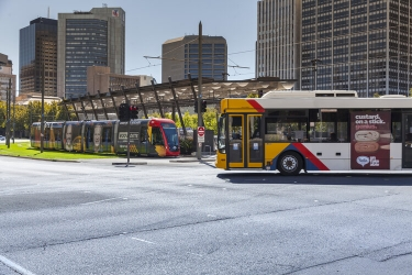 Macquarie Telecom inks deal with Transit Systems