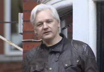 US asks Assange to front probe into alleged Russian interference